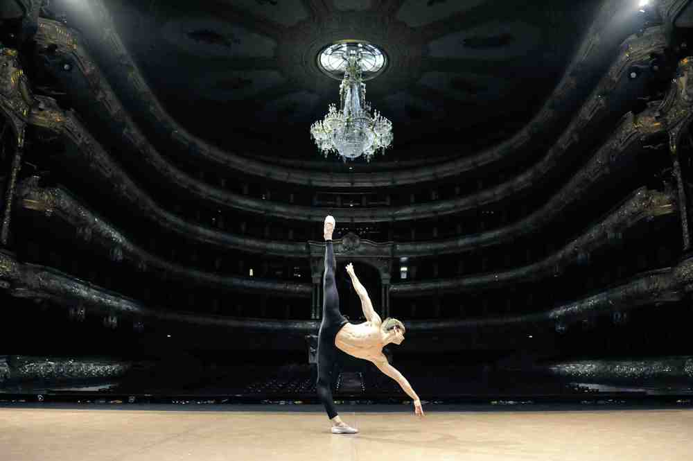 Friedemann Vogel at the Bolshoi Theatre Photo ©Roman Novitzky