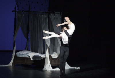 Miriam Simon and Friedemann Vogel in Onegin (c)Damir Yusupov