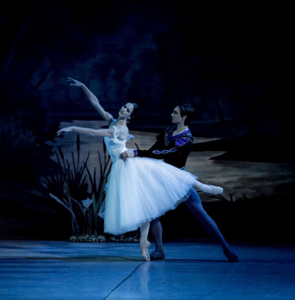 Polina Semionova and Friedemann Vogel in Giselle (c) Jack Devant