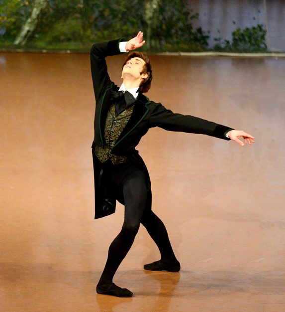 Friedemann Vogel as Onegin (c) Stuttgart Ballet