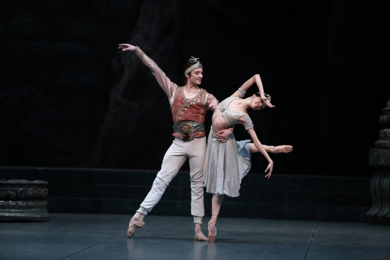 Eun Won Lee and Friedemann Vogel in La Bayadere (c) HaeJin Kim