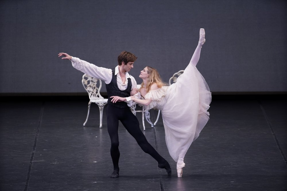 Alicia Amatriain and Friedemann Vogel in  The Lady of the Camellias (c) Hidemi Seto