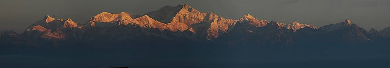 Panorama Kangchenjunga from Darjeeling courtesy of Wikipedia