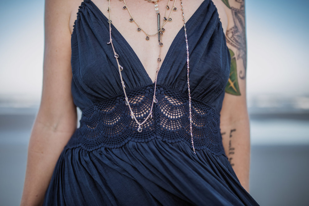 I mean LOOK AT THESE DETAILS. GUH THIS IS A DRESS!!