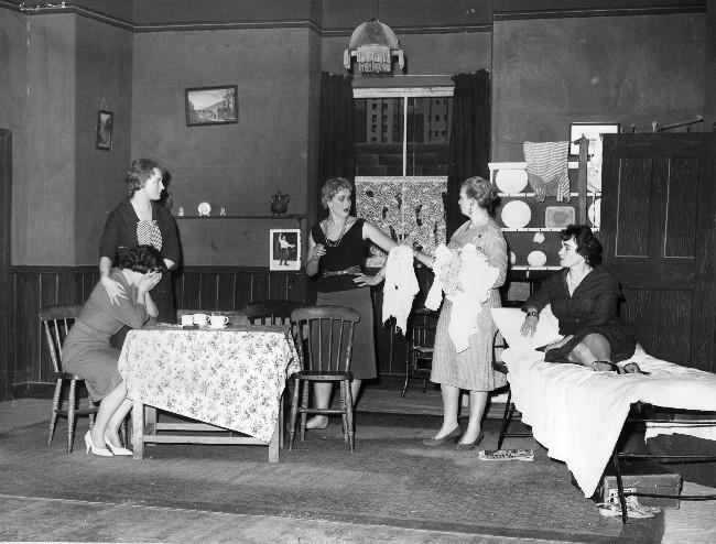 women19601.jpg