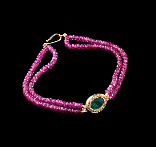 45.5ct-Ruby-with-3.15ct-Emerald-and-0.25ct-Diamond-Beaded-Bracelet-Gold-3.1-Grams.jpg