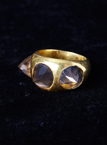 3-studs-mans-rings-gold-palte-with-smokey-quartz.jpg