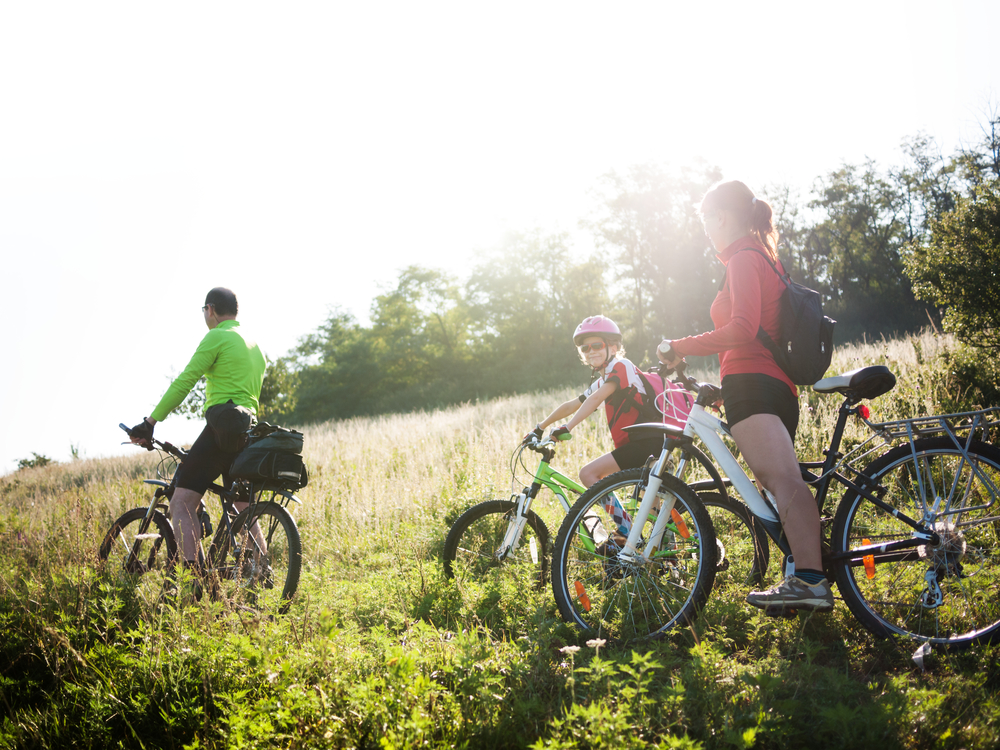 Our personal services practice assists clients with landlord/tenant issues and financial matters.