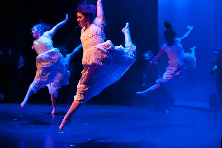Revolution. Heidi Knight School of Dance.