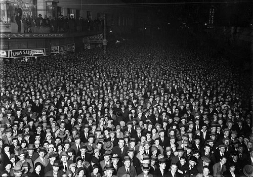Election night crowd, Wellington, 1931 -  Photographic Archive, Alexander Turnbull Library, National Library of NZ
