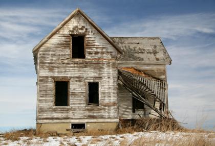 Run down house iStock_000003123748XSmall.jpg