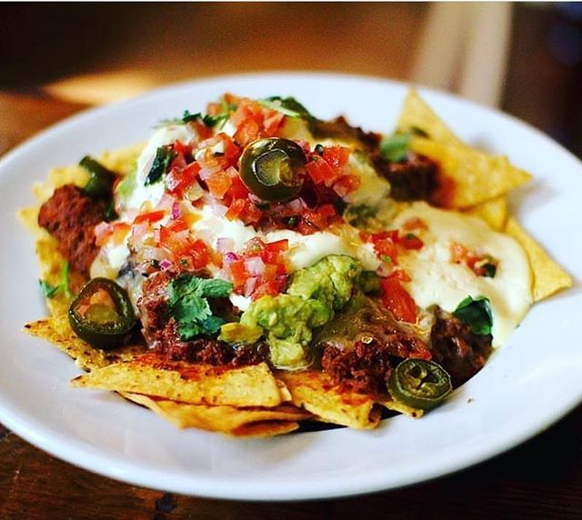 Start the working week right with our $10 nachos from 5pm 😍😍 . #mondayitis #cheapeats #charity #mexican