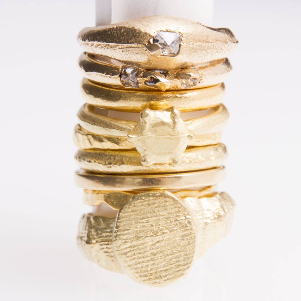 18ct Gold  with old cut diamonds: the sand of time collection