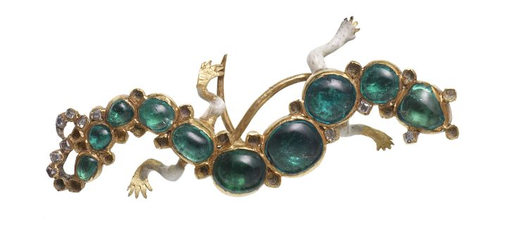 An emerald, diamond and enamel brooch from the Cheapside hoard.