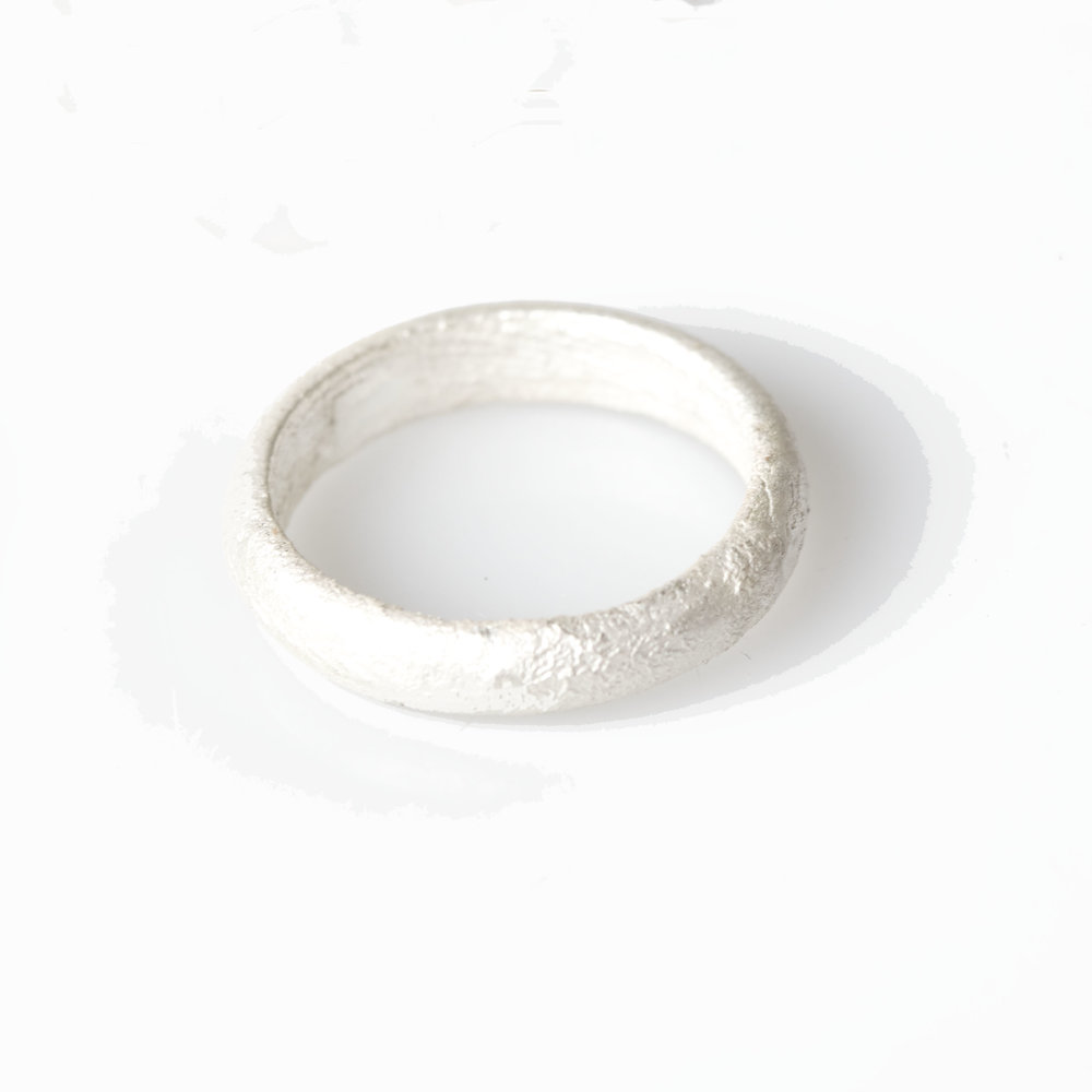 Whiteweddingband.jpg