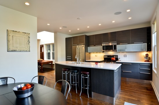 2340-w-mclean-kitchen2.jpg