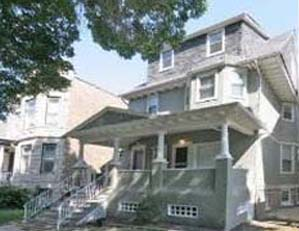 2168 W. Wilson Ave, Chicago 2 unit multifamily building Value-add opportunity Seller representation