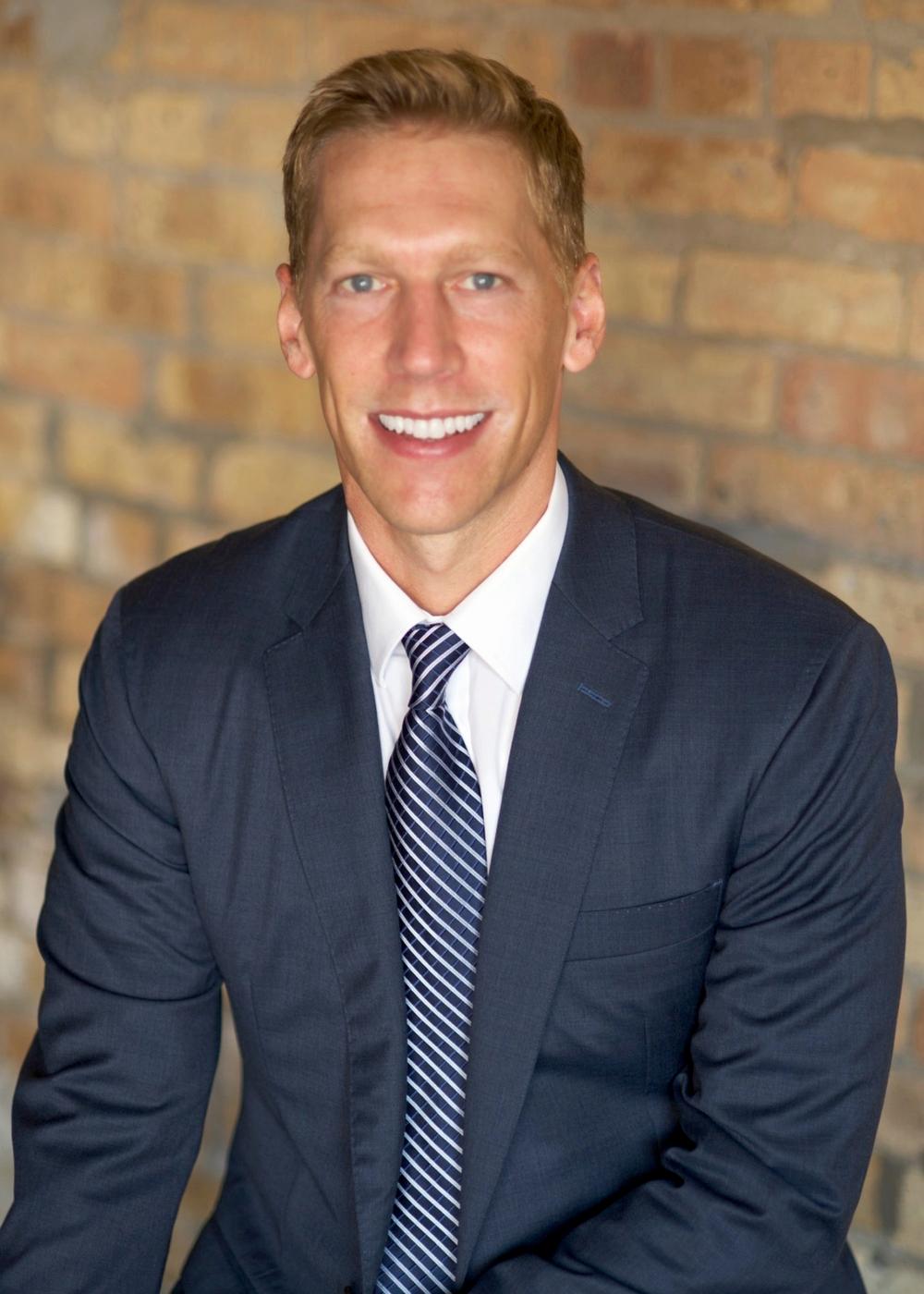 chicago real estate agent profile