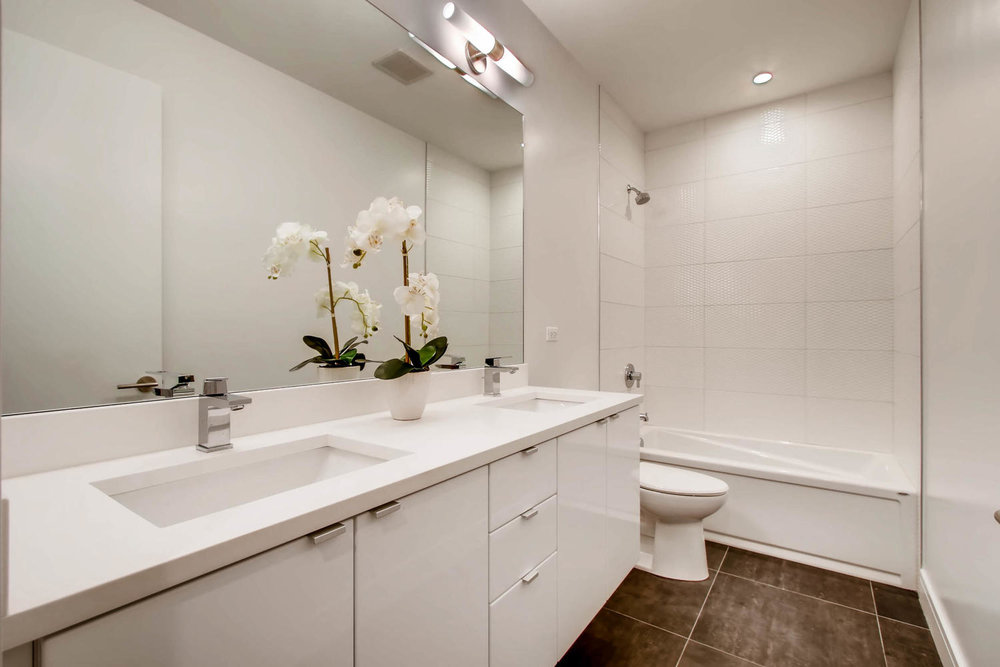 2903 W Lyndale St Unit 1-large-026-20-Lower Level Bathroom-1500x1000-72dpi.jpg