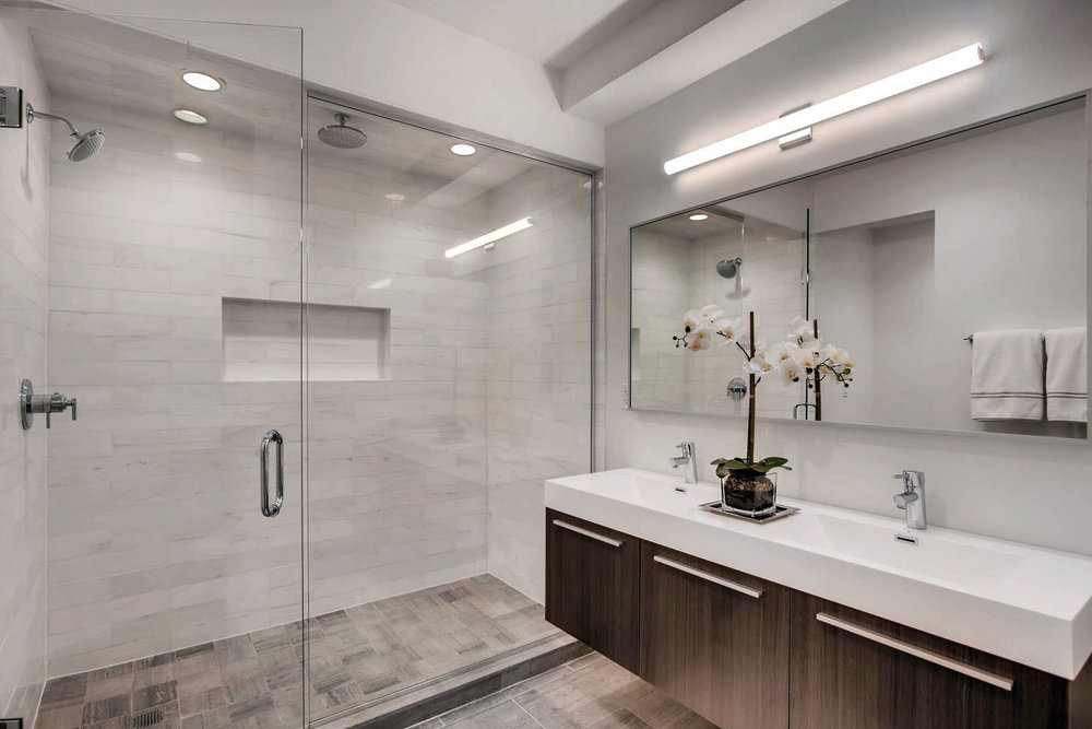 3508 N Reta Ave Chicago IL-large-064-54-Lower Level Master Bathroom-1500x1000-72dpi.jpg