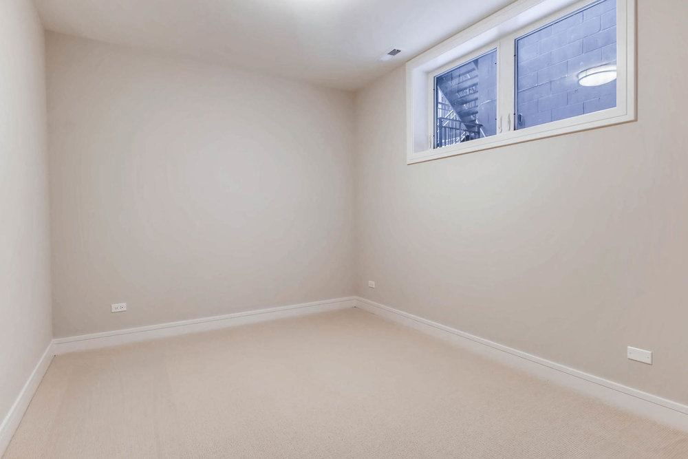 2869 W Lyndale Unit 1 Chicago-large-022-9-Lower Level Bedroom-1500x1000-72dpi.jpg