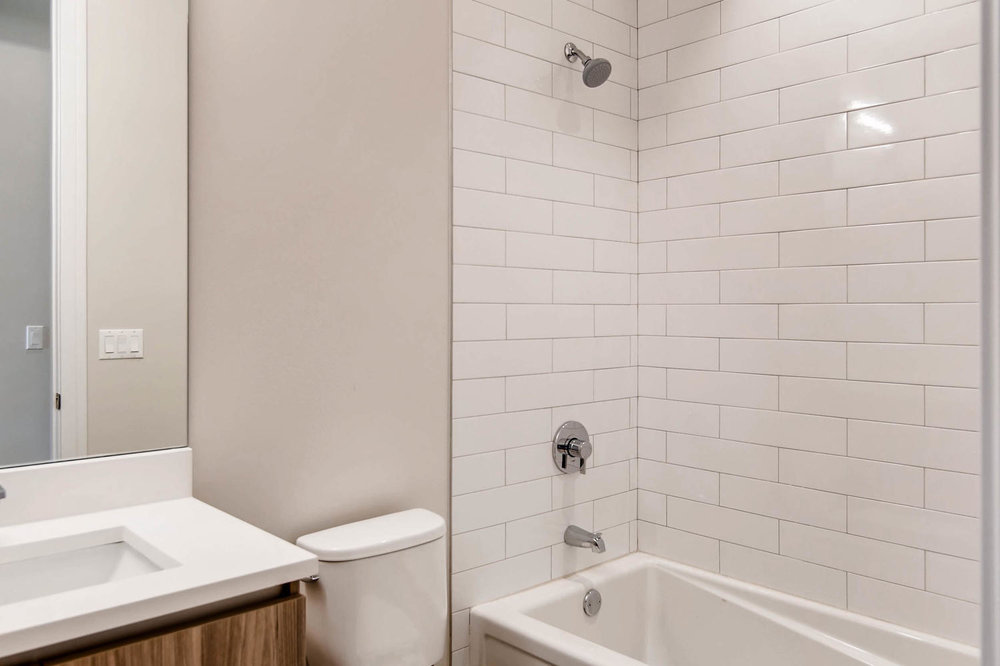 Guest bath at 877 N Marshfield Ave Unit 3, Chicago, IL