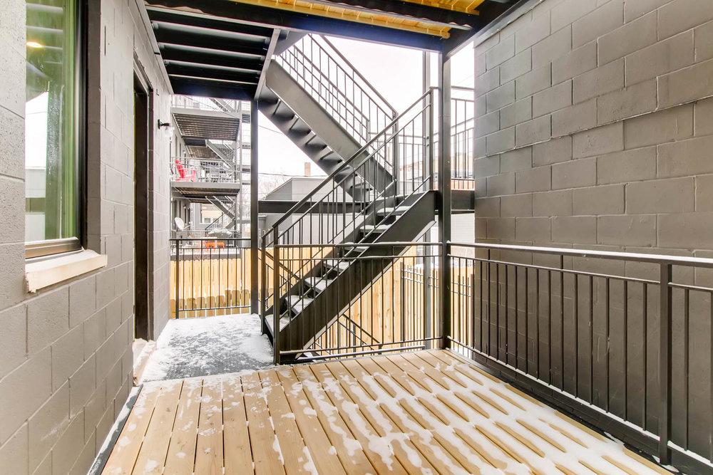 Rear Deck 3032 W Lyndale St Chicago