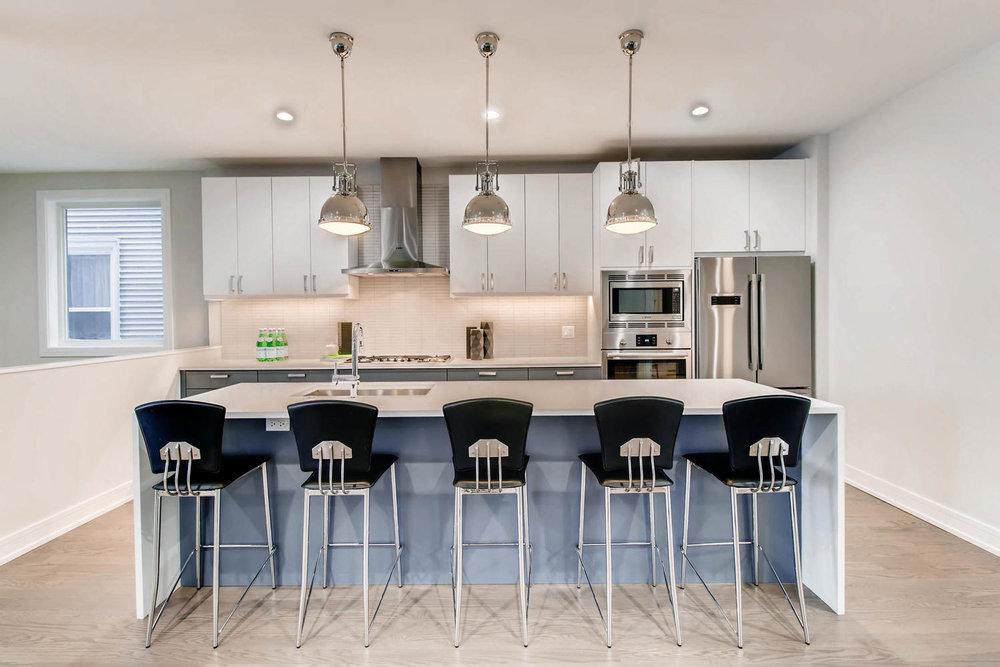 Kitchen 3032 W Lyndale St Chicago