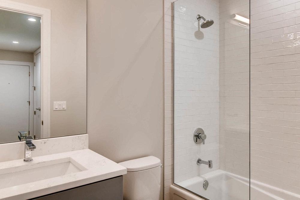 Guest Bathroom 3032 W Lyndale St Chicago