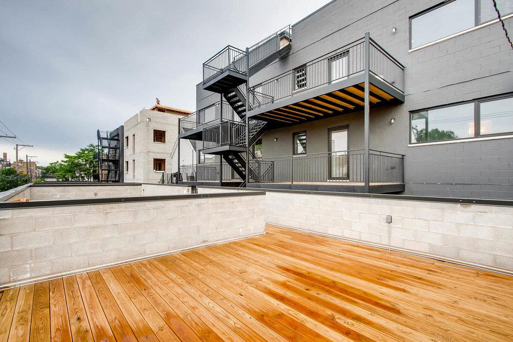 Garage Roof Deck 3032 W Lyndale St Chicago