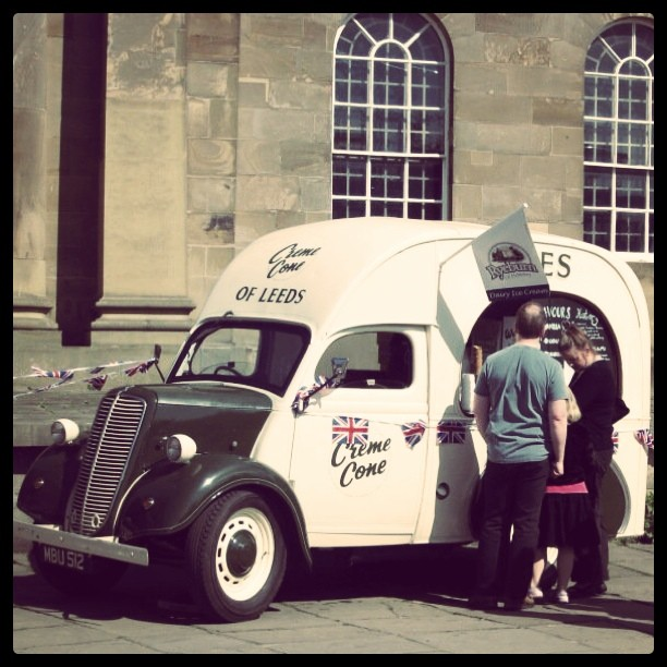 Ice-cream in York the old fashion way.  (Taken with  Instagram  at York Place)