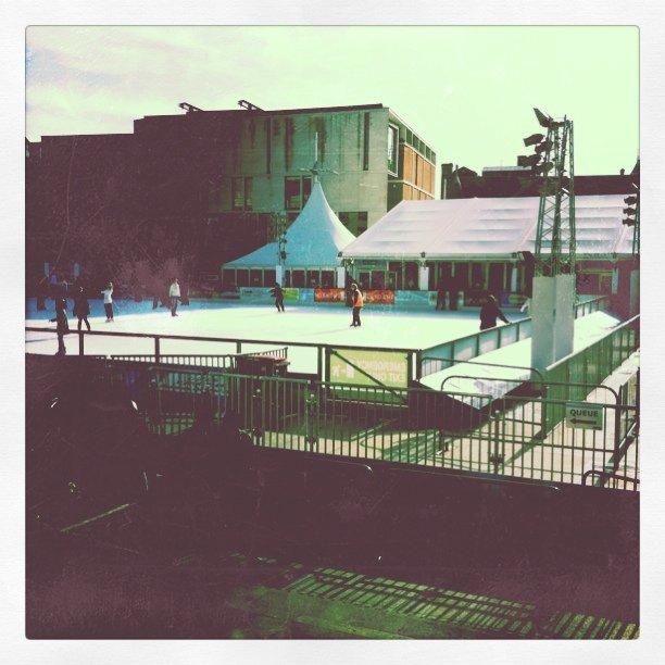 Skøytebanen i Leeds. (Taken with Instagram at Millenium Square)