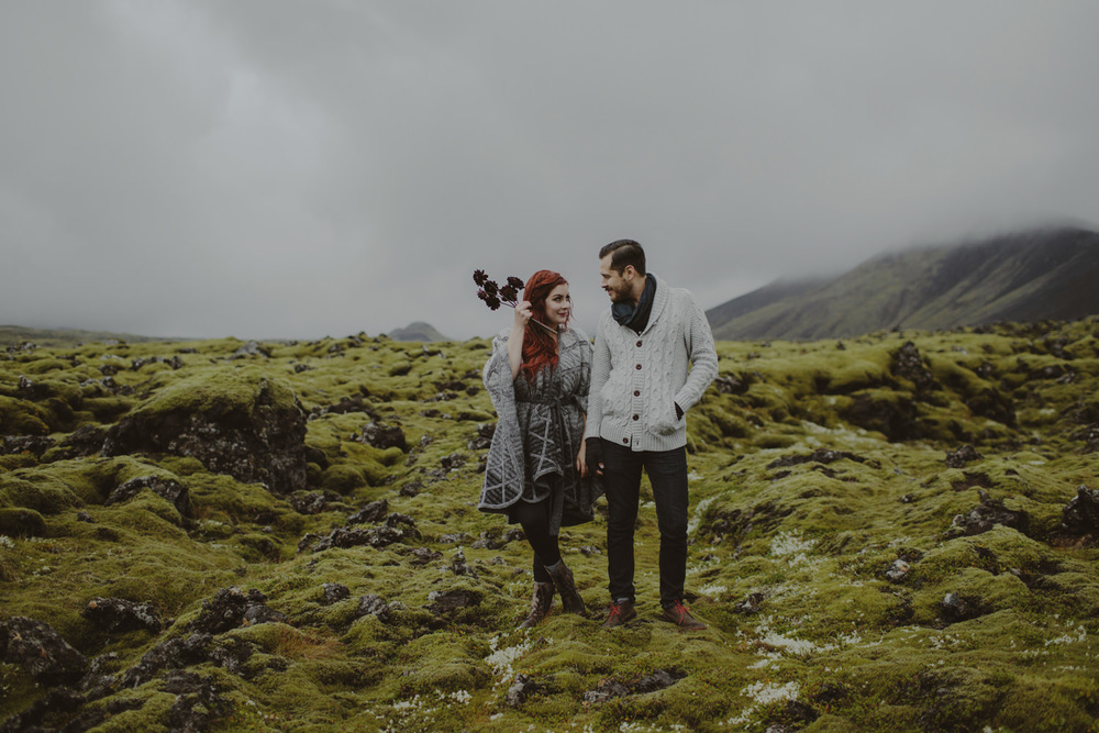 ICELAND_ELOPEMENT_SAMMBLAKE_BROOKETAVIS_WEDDING_024.jpg