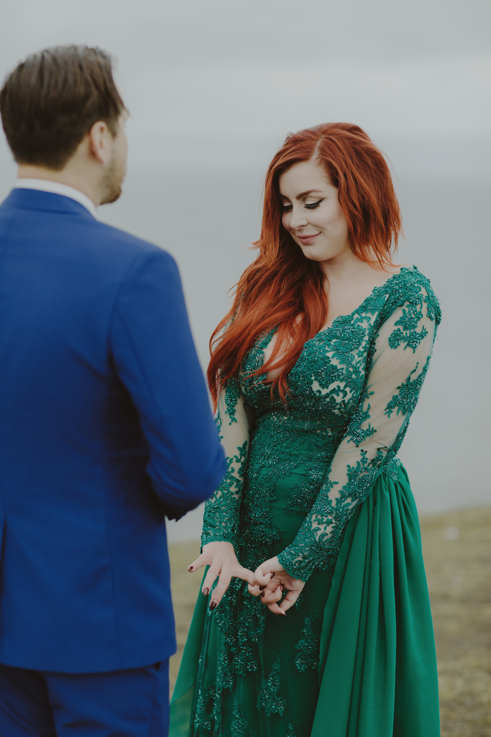iceland_elopement_wedding_sammblake_043.jpg