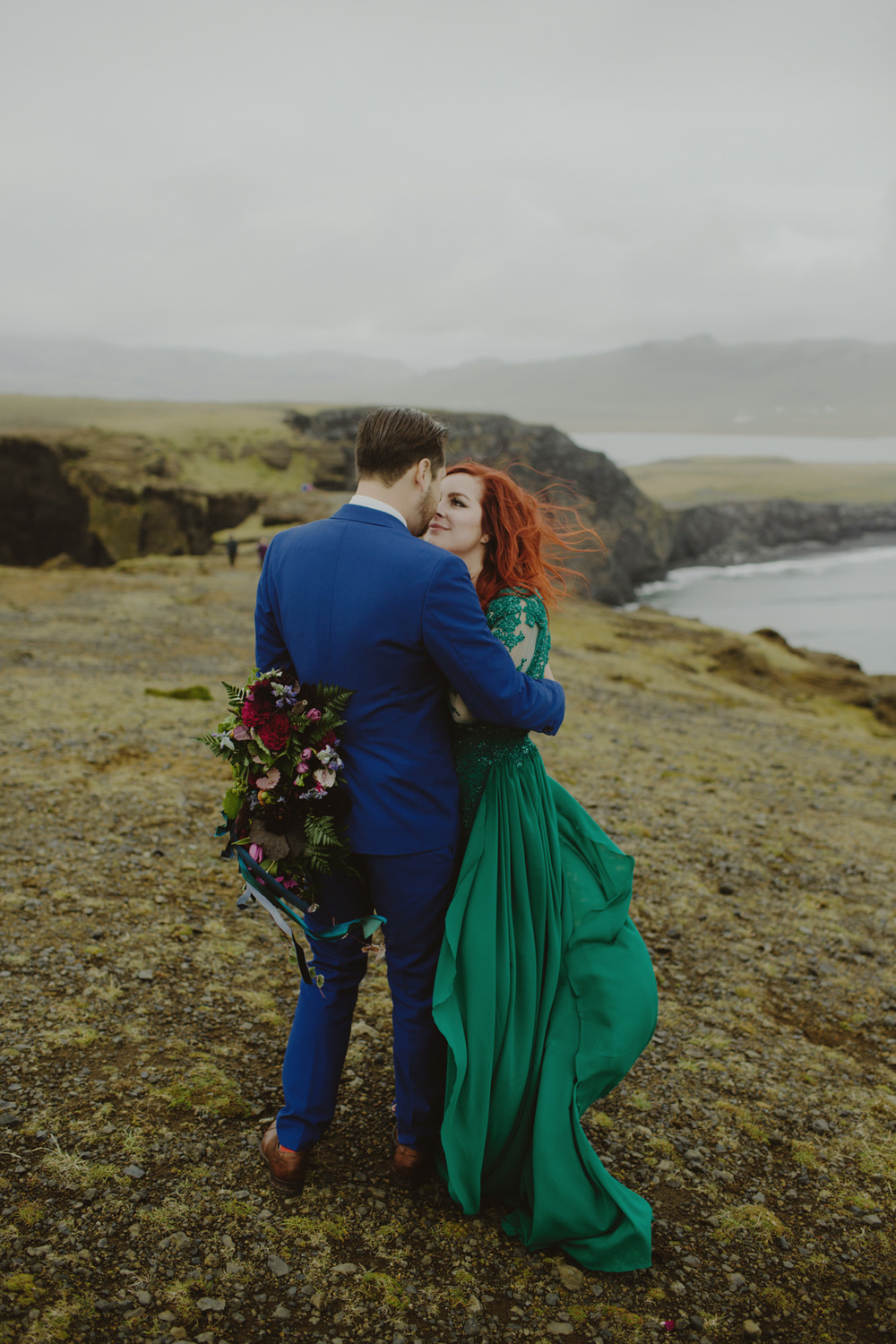 iceland_elopement_wedding_sammblake_053.jpg