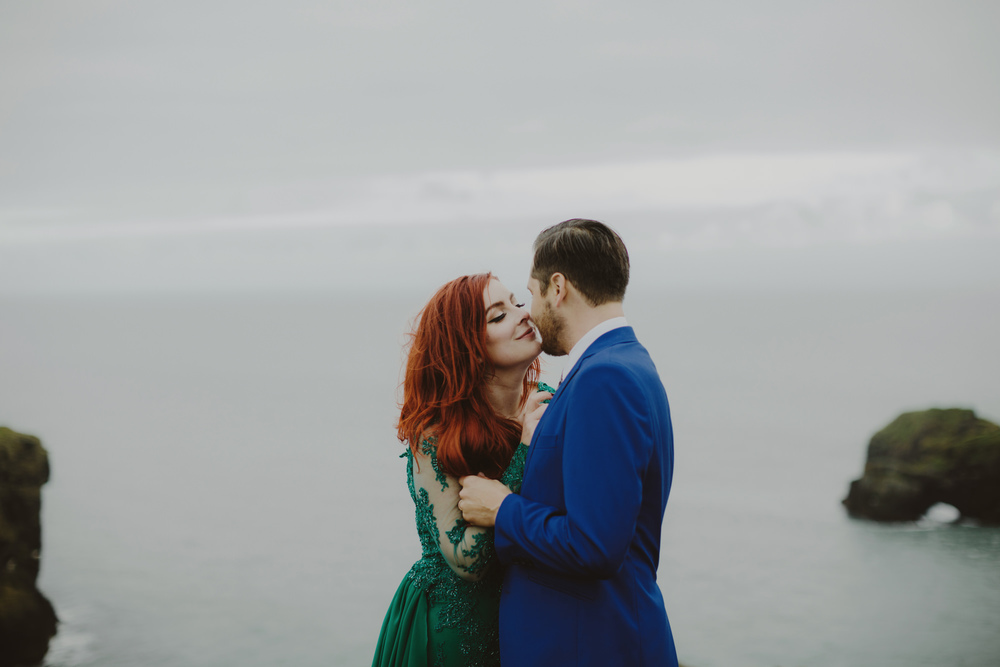 iceland_elopement_wedding_sammblake_061.jpg