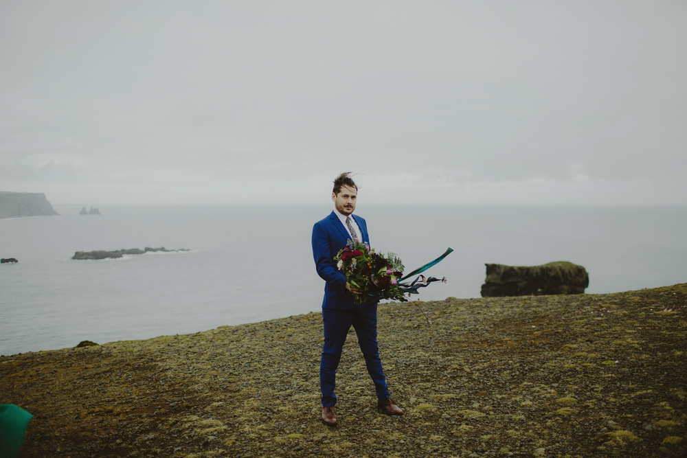 iceland_elopement_wedding_sammblake_065.jpg