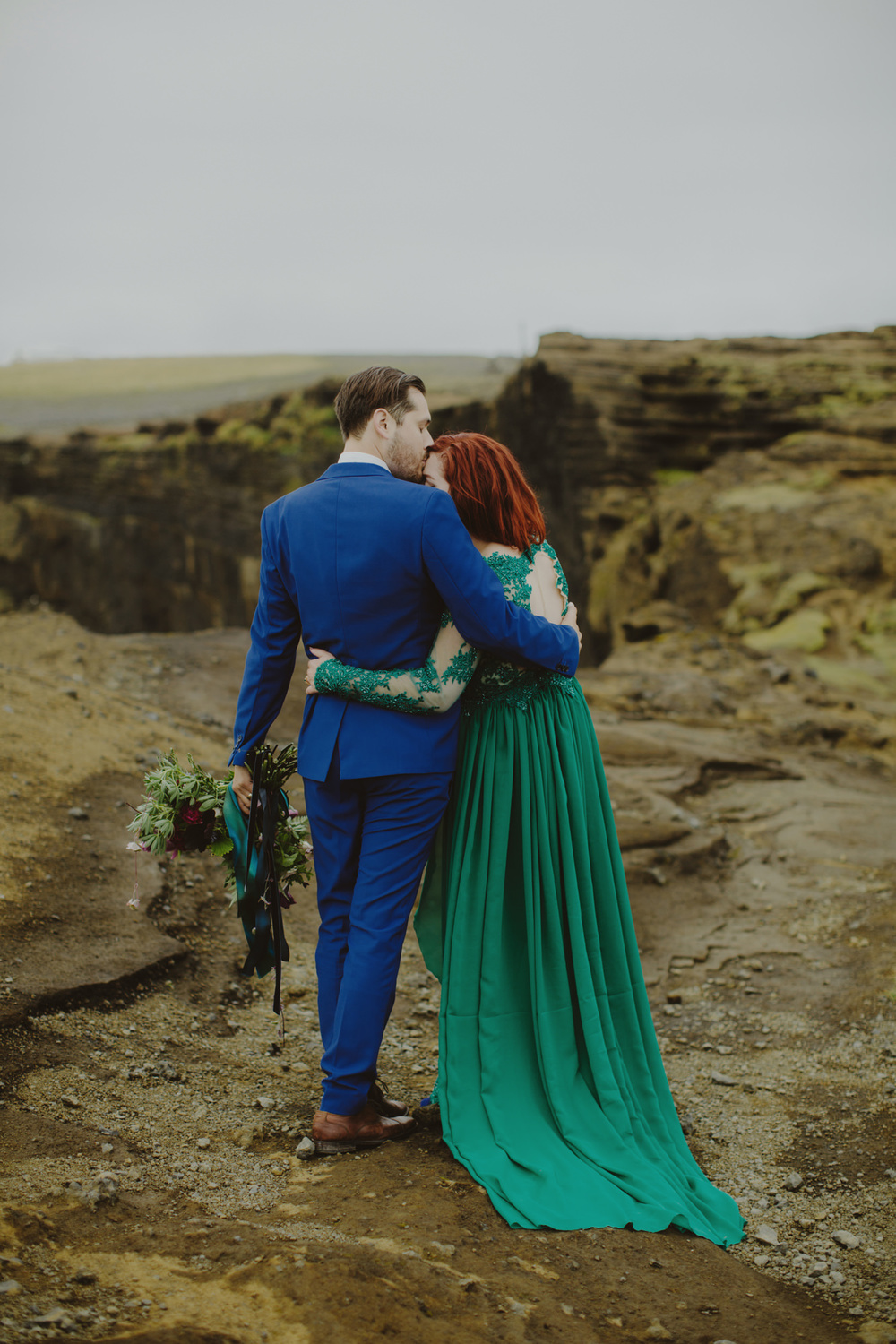 iceland_elopement_wedding_sammblake_068.jpg