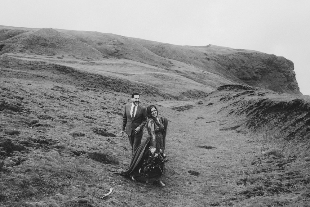 iceland_elopement_wedding_sammblake_079.jpg