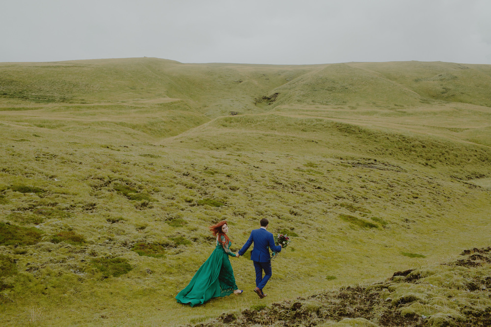 iceland_elopement_wedding_sammblake_078.jpg