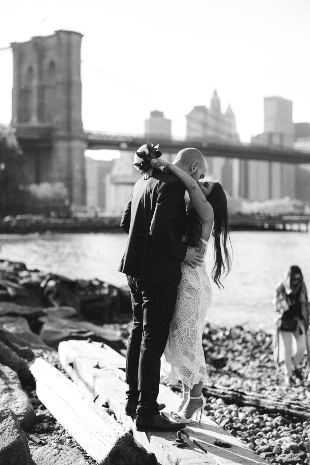 NYC_ELOPEMENT_CITYHALL_BROOKLYN_SAMMBLAKE_0037.jpg
