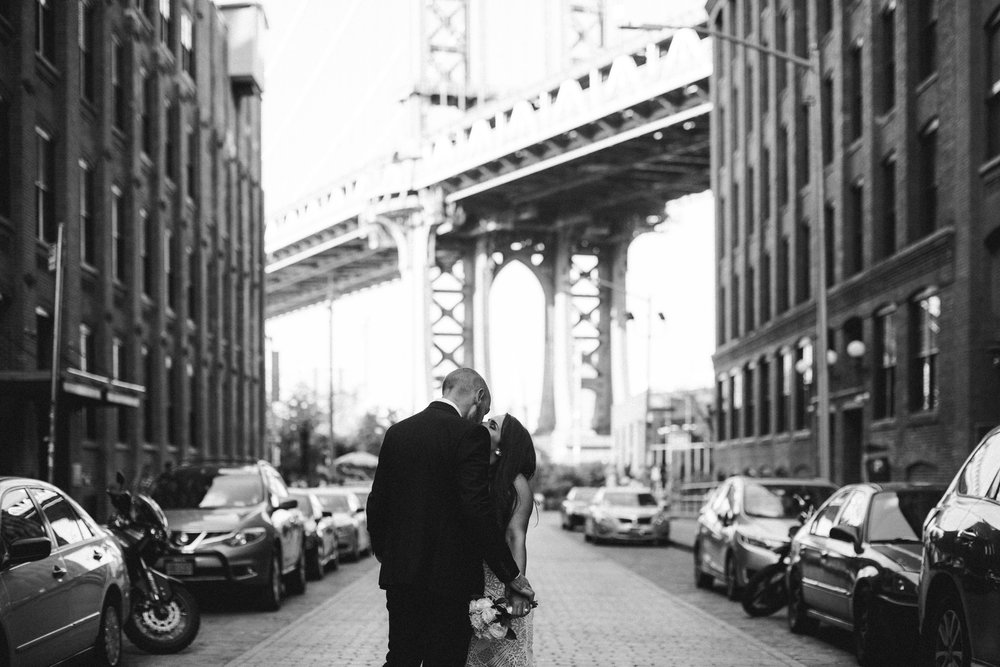NYC_ELOPEMENT_CITYHALL_BROOKLYN_SAMMBLAKE_0039.jpg