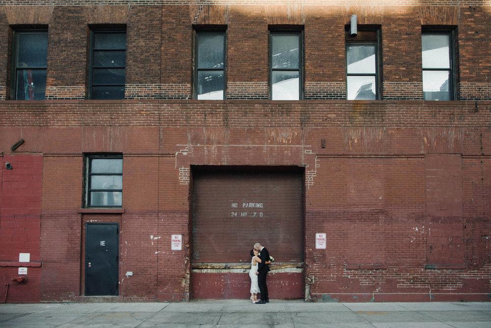NYC_ELOPEMENT_CITYHALL_BROOKLYN_SAMMBLAKE_0041.jpg