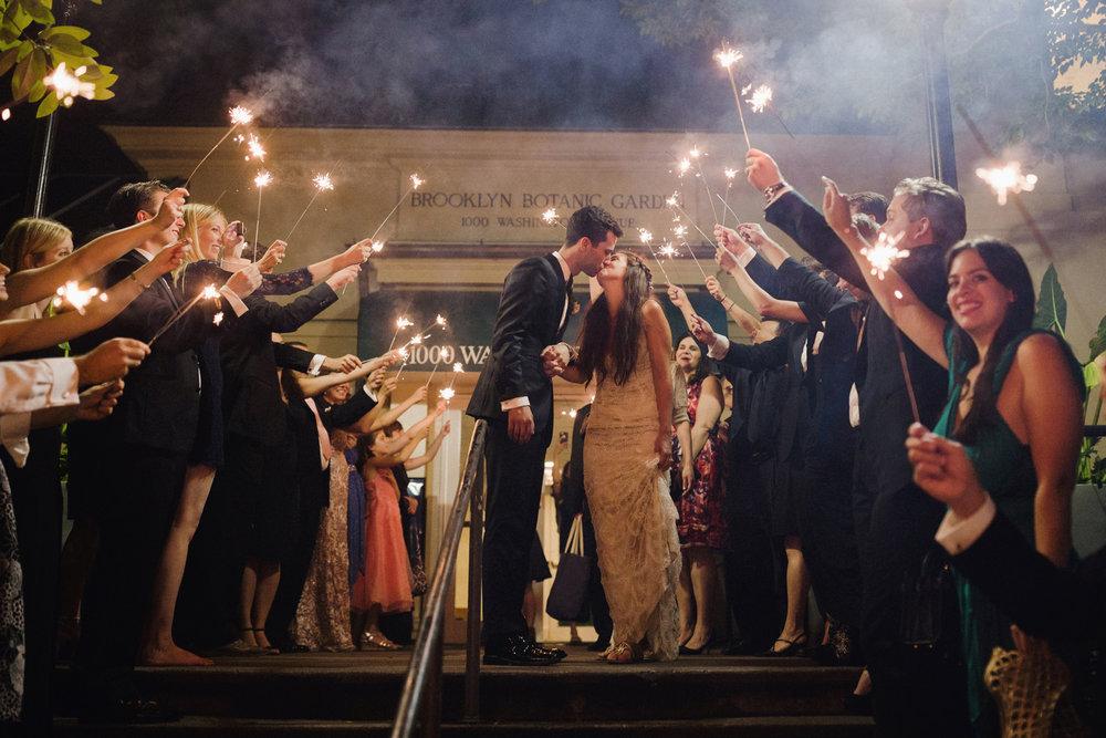 brooklynbotanicgardens_wedding_SammBlakePhotography_NYC_BBG_095.jpg