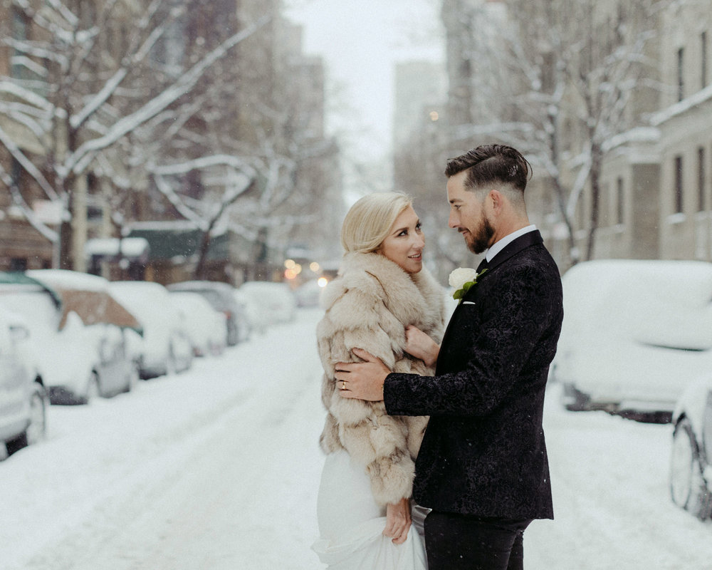 SNOWDAY_ELOPEMENT_NEWYORK_SAMMBLAKE.jpg