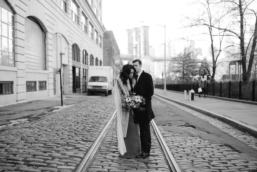 BROOKLYN_ELOPEMENT_SAMMBLAKE_NDE_013.jpg