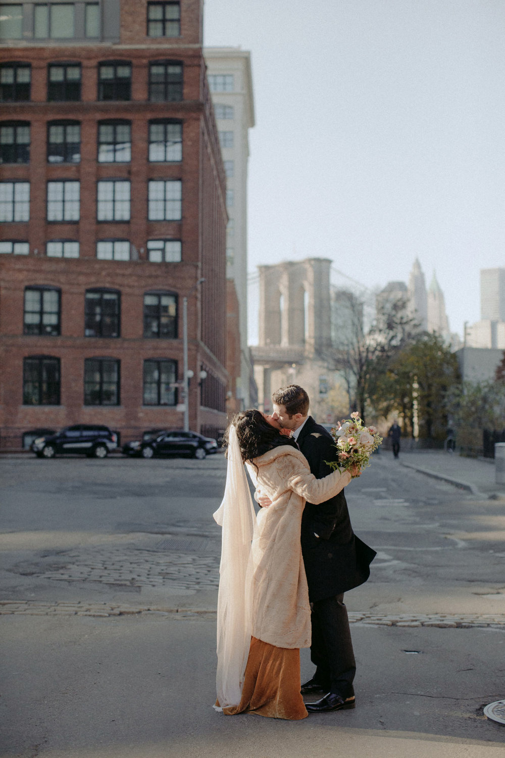 BROOKLYN_ELOPEMENT_SAMMBLAKE_NDE_034.jpg