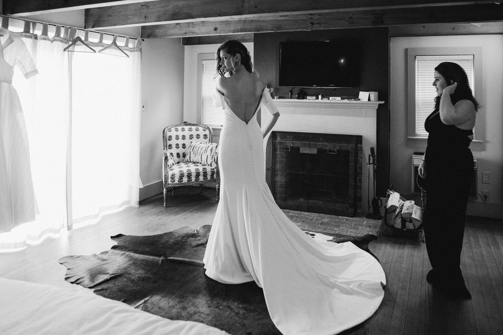 FOXFIREMOUNTAINHOUSE_CATSKILLS_WEDDING_SAMMBLAKE_PJW_0114.jpg