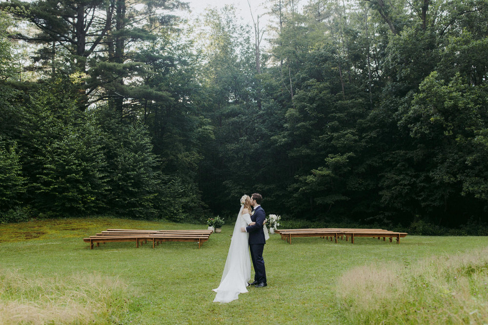 FOXFIREMOUNTAINHOUSE_CATSKILLS_WEDDING_SAMMBLAKE_PJW_0640.jpg