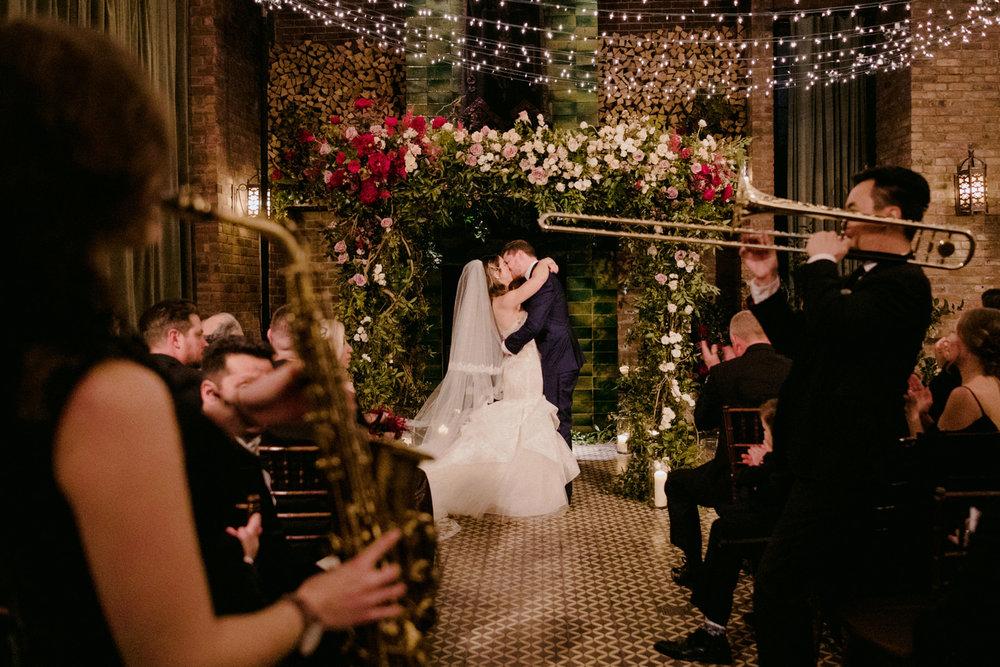 BoweryHotel_Wedding_Manhattan_NYC_SammBlakePhotographer_082.jpg